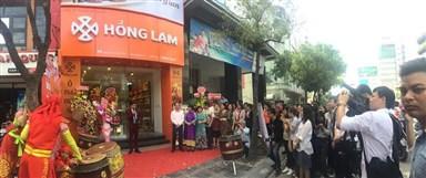 Tưng bừng khai trương cửa hàng Hồng Lam 94 Nguyễn Văn Trỗi - Hồ Chí Minh